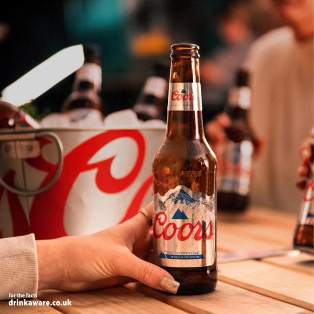 Cheers to the bank holiday !   How are you keeping it fresh this weekend? Tell us in the comments!   #Coors #CoorsFresh   Brewed in the UK.