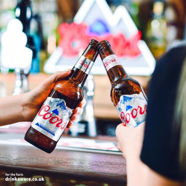 What does it mean when the mountains on our bottles turn blue? 🔵  Incorrect answers only..   #Coors #CoorsFresh
