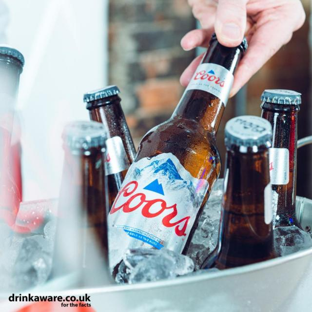 How will you be keeping it Fresh this Bank Holiday weekend? ❄   #Coors #CoorsFresh #BankHoliday
