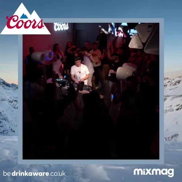 Throwing it back to when @Jordannocturne brought piano vibes to the Coors x @mixmag the Lab LDN last month!  The lab is back tomorrow with Tim Reaper! Check it out on mixmag's youtube channel from 6pm! (Link in our bio)   #Coors #CoorsFresh #DJ
